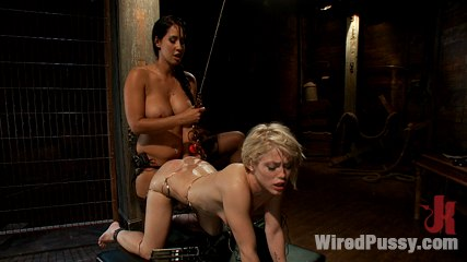 Journalist ash hollywood learns what is means to be nonbiased through electro motivation. Ash Hollywood is taught an electrifying lesson about what it means to be in porn. Her pussy is stuffed while electricity controls every moving muscle.
