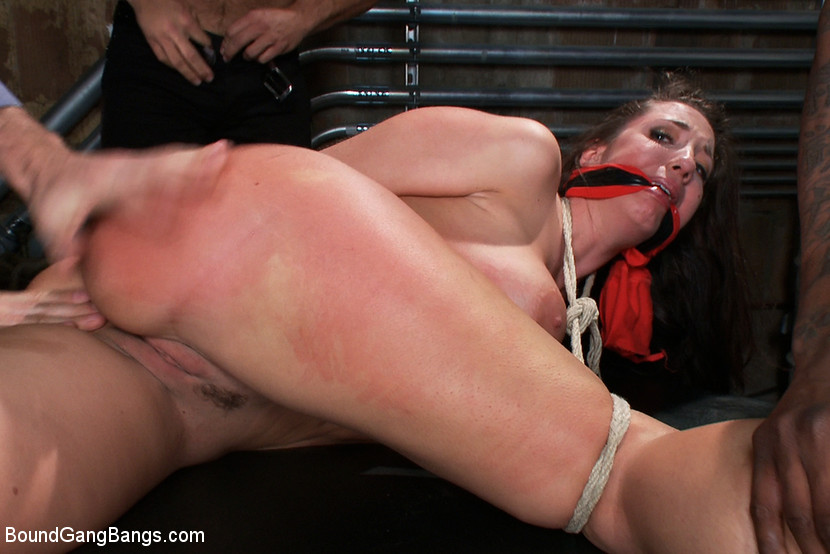 Stripper with great round analy is taken from the club and