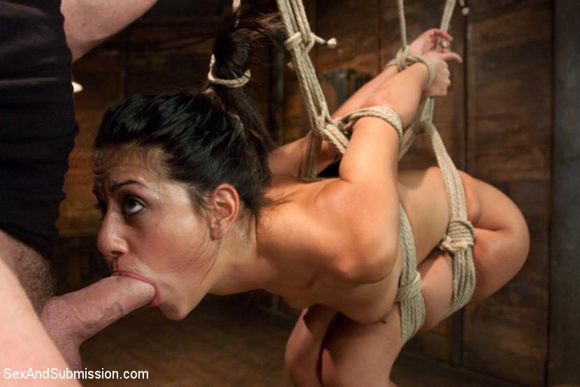 bondage scenes Latina