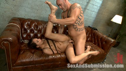 Little nympho gets kinky sex training from the coach. Latina bound and analy have sexual intercourse by violent coach.