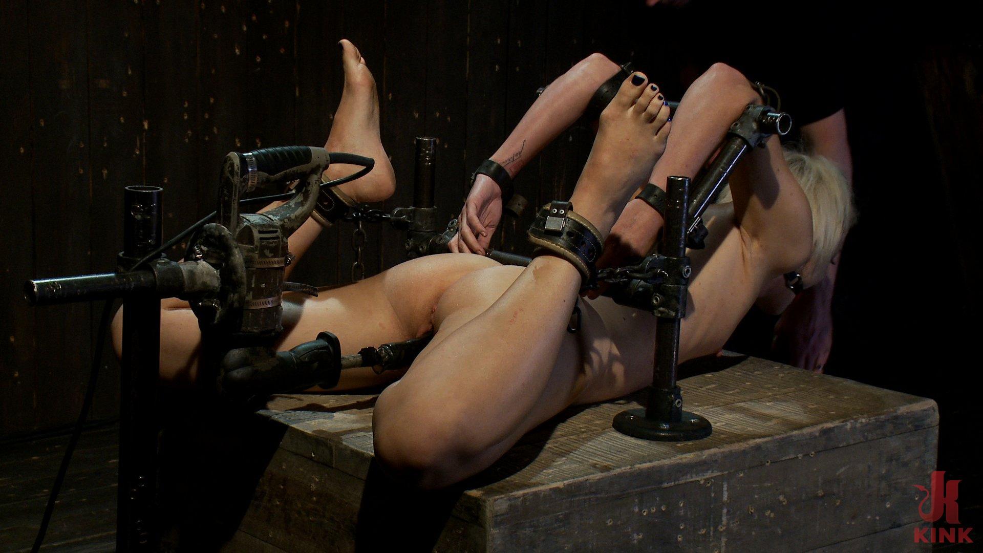 strapon ladies einlauf position