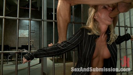 The role reversal game. Lascivious MILF anus fucked in bondage by Prisoner!