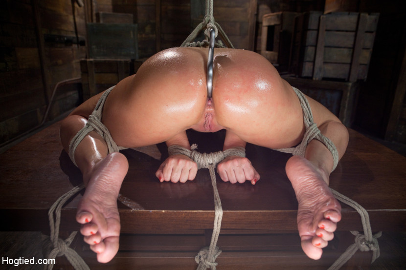 image Teen amateur slavegirl holly tied and clothespin pegged all over in kinky