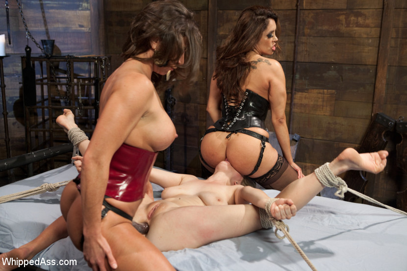 Hot ass penny pax and jaclyn taylor nailed by jessy jones 9