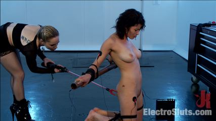 Raven loves electricity. All nature newbie Electroslut, Raven Rocket, climbs the ranks of tough new-comer!