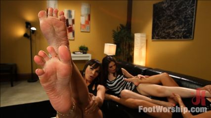 Cum Covered Toes In Clear Heels: A members request!