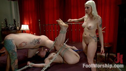Couple call is the dominant mistress to make their foot fetish party more exciting