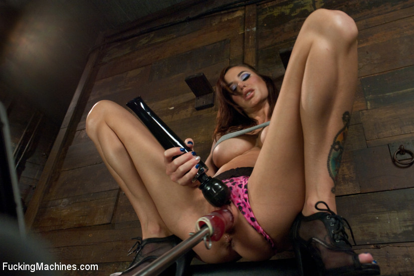 The Girl Next Door Squirts – Power Babe Gia DiMarco is back w/Machines