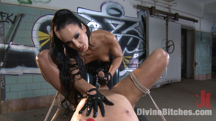 Latex lady gives her sub a perfect femdom punishment