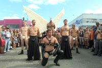 Folsom-Street-Whore-tormented-in-front-of-thousands-of-people