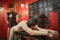 Maitresse-Madeline-visits-famous-Midtown-Manhattan-dungeon