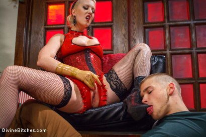 Cocky asshole gets a box on his head and ass fucked by hot blonde dominatrix!