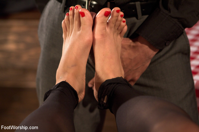 Wiggling Toes and Fisting: True Romance