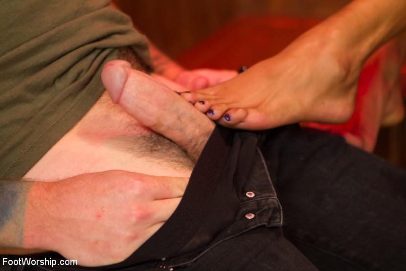 Nasty Bitch Nikki gets wet in Biker Bar foot fetish video with Christian Wilde and Nikki Darling