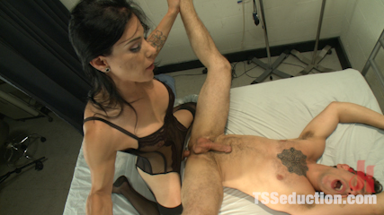 Brand new soft spoken libidinous dom laela knight  she kills wher penish. Heavy Cock, Soft voice & relentless fucking! Laela Knight comes out swinging & doesn't stop until her man cums twice & she fills his mouth w/her load!