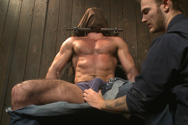 Bound Gods - Billy Santoro - Christian Wilde - Muscle captive submits to the hands of Mr Wilde #1