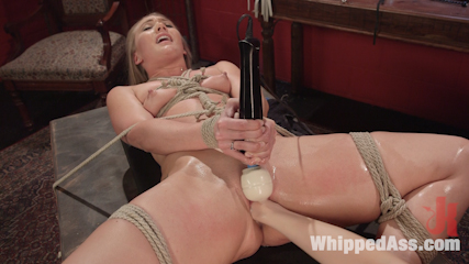 Aj applegate flogged fisted and backside strapon have intercourse by lorelei lee. Goddess Lorelei Lee dominates hot blonde AJ Applegate with caning, spanking, flogging, humiliation, assed strap-on have sex and multiple orgasms!