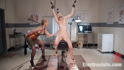 Electric Mindfuck: Ella Nova's Intense Anal Electro Predicament!