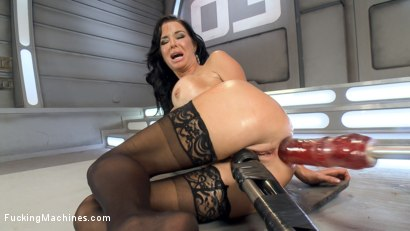 Big-titted-squirting-anal-milf Veronica Avluv challenges Fucking Machines to a no-holds-barred fuck off and wins.