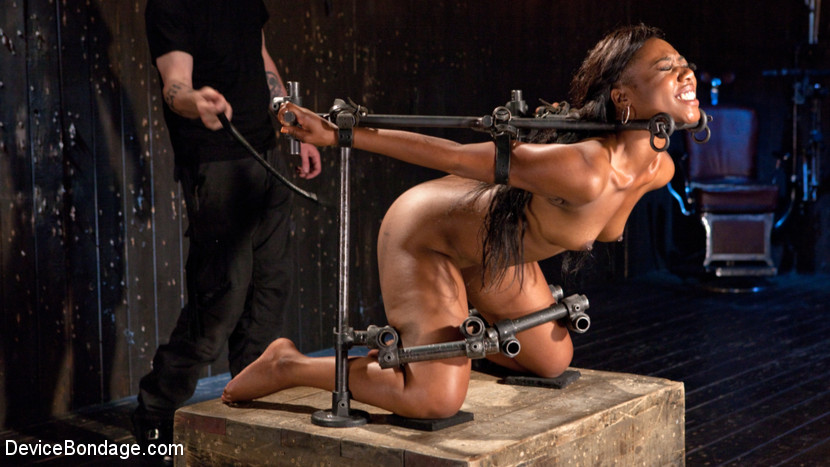 Free bondage pictures and videos
