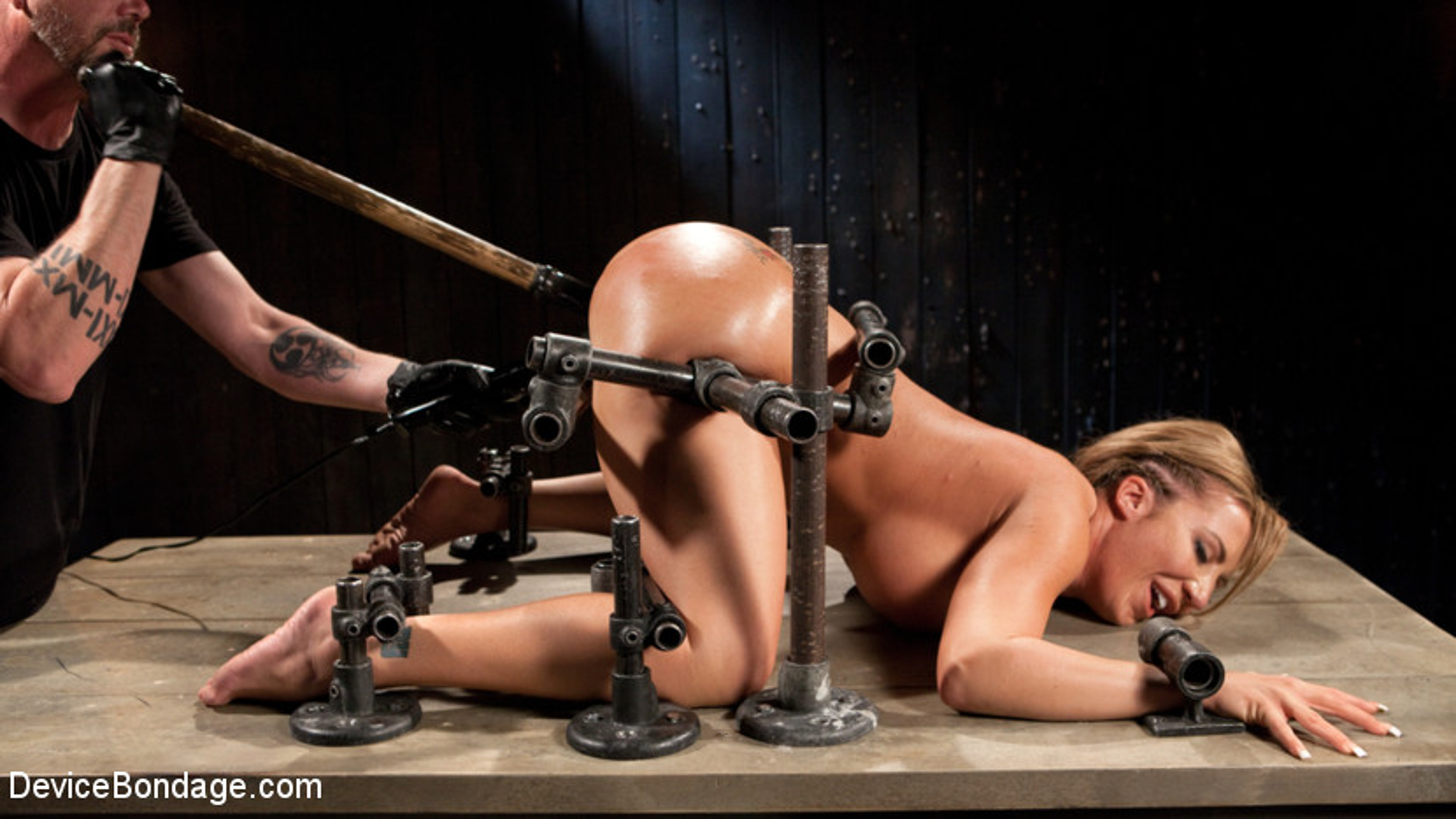 Permanent rubber bondage
