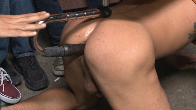 Bound in Public - Trenton Ducati - Jessie Colter - Alexander Gustavo - Go-go dancer serves his bar with mouth & ass for SF Pride #1
