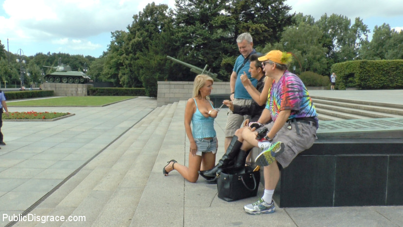 Lascivious blonde bottom slut disgraced for berlin tourists.