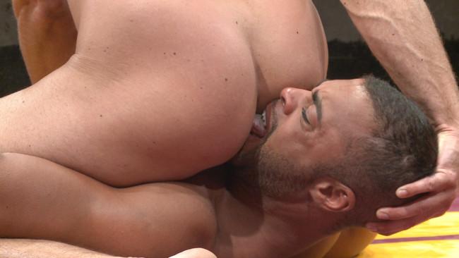 Naked Kombat - Micah Brandt - Jessie Colter - Jessie Colter vs Micah Brandt - Loser gets showered in piss! #7