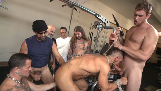 Bound in Public - Connor Maguire - Aarin Asker - Logan Taylor - Horny gym goers dump their loads on a muscled gym rat #1