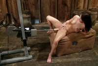 Jenna Presley cums her way into oblivion from machine sex.