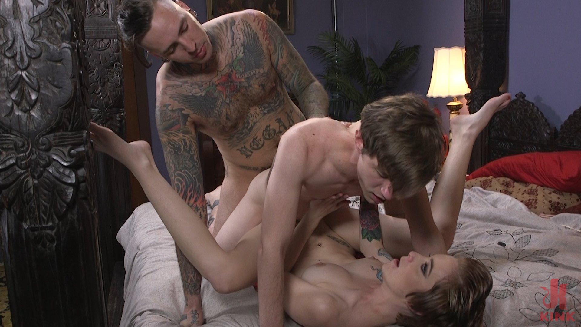 women negotiate threesome