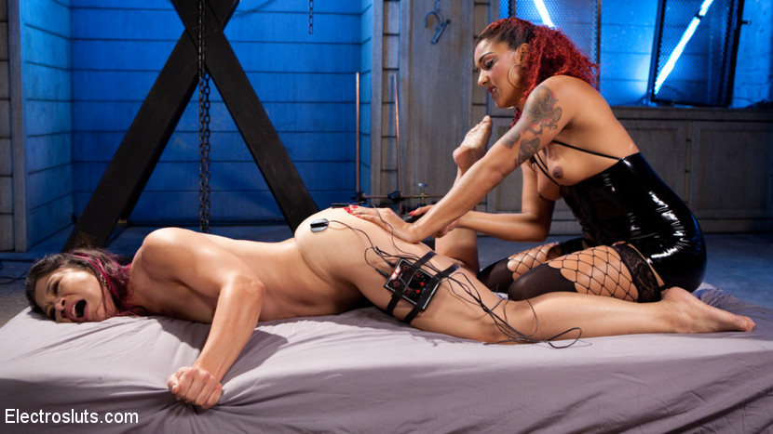 wrestling bondage dildo abend