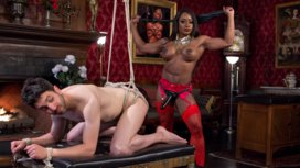 Hot-Muscular-Domme-Annihilates-Wimpy-Man-Servant