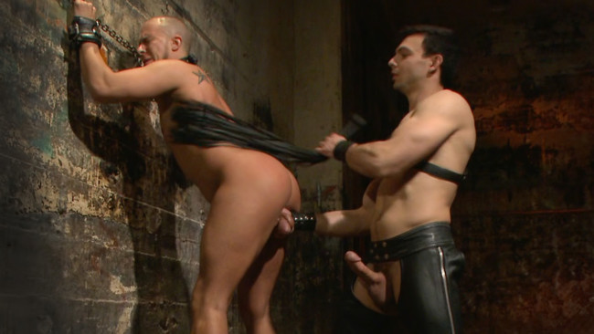 Bound Gods - Jason Maddox - Eli Hunter - New Dom - Strong, Silent with a Wicked Smile #6