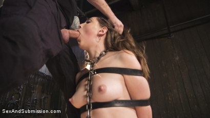 Nickey Huntsman wakes to find herself prisoner to an erotic slave trader eager to assess her worth on the sexual market.