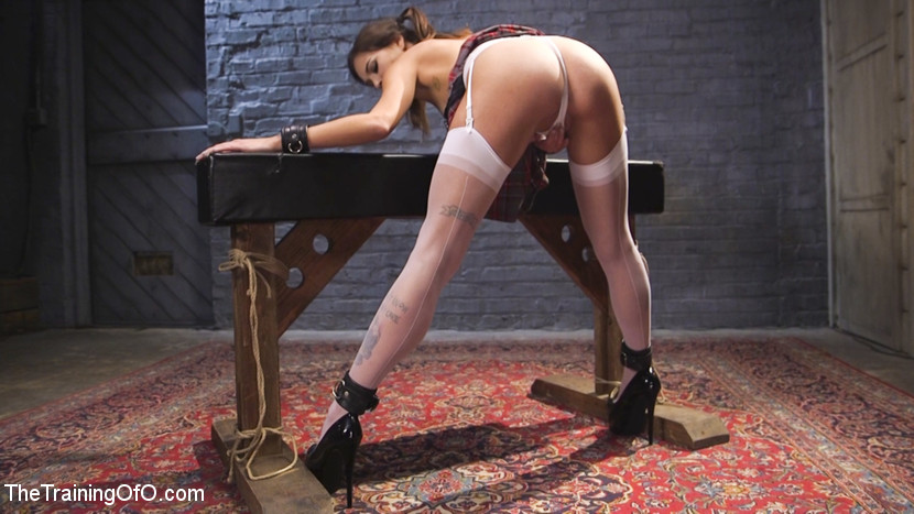 Kacie castle s punishment game. Horny Kacie Castle loves to play