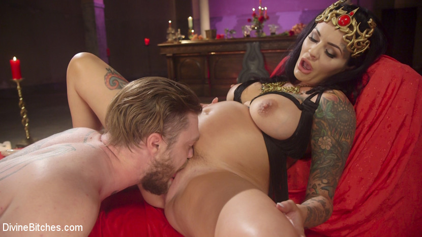 Elegant fertility. Slave boy Mike Panic is bestowed the honor of worshiping Pregnant Goddess Lola Luscious! He celebrates the divinity and ultimate power of femininity with extensive foot, breast, pussy, belly and analyed worship. To satisfy her desires, he takes her dick-on-a stick up his analyed before orgasm all over her perfect toes!