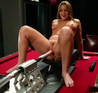 Flower Tucci showers the fuckingmachines with her juices.
