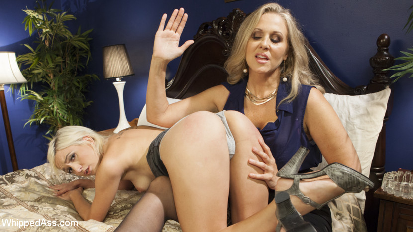 Milf angel investor young entrepreneur submits to kinky sapphic