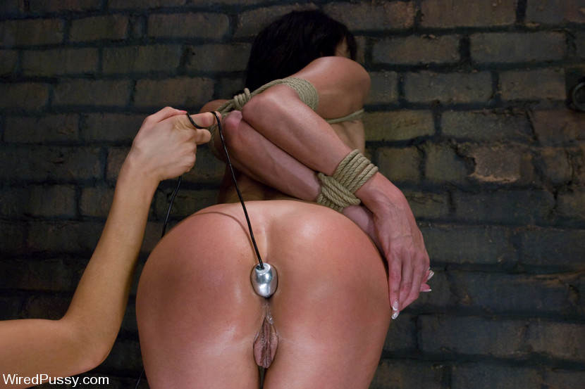 pussy She's wasted! Deep ass movie can reach her