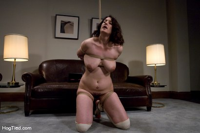 Amateur-Casting-Couch-12-Karin-Sin-A-woman-who-knows-what-she-likes-to-be-fucked-with