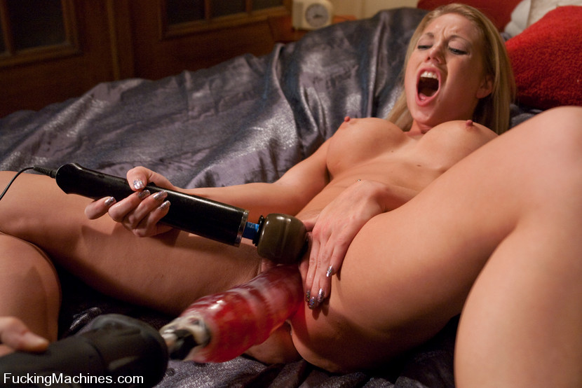 seks-mashini-smotret-porno-roliki