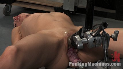Amateur girl fridays br kali. Amateur machine fucked, dripping wet cunt that creams all over the rubber dick and steel machines. She fucks the Sybian until she can take no more.