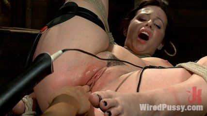 Adorable 20 year old lindy lane has mindblowing orgasms from electrical stimulation. Sparks fly between 20 year old Lindy Lane and world famous Fem-Dom Princess Donna Dolore