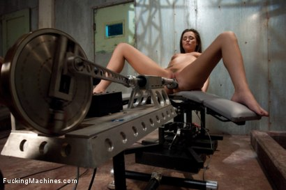Stuffing-part-4-of-her-live-show