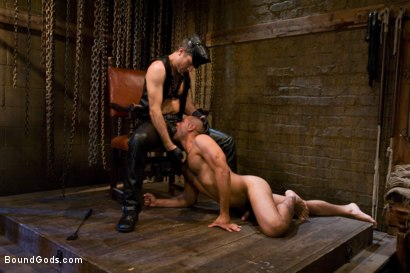 Photo number 2 from Master Avery shot for Bound Gods on Kink.com. Featuring Master Avery and Leo Forte in hardcore BDSM & Fetish porn.