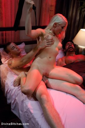 Photo number 8 from A Cuckold's Reality shot for Divine Bitches on Kink.com. Featuring Vince Ferelli, Lorelei Lee and Christian Wilde in hardcore BDSM & Fetish porn.