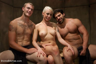 Photo number 5 from A Cuckold's Reality shot for Divine Bitches on Kink.com. Featuring Vince Ferelli, Lorelei Lee and Christian Wilde in hardcore BDSM & Fetish porn.