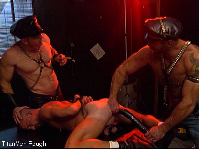 Photo number 7 from FIST DOGS (2 of 4) shot for TitanMen Rough on Kink.com. Featuring Mike Roberts, Keith Webb, Harold Creg, Core Andrews and Marc Masterson in hardcore BDSM & Fetish porn.