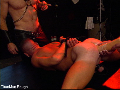 Photo number 9 from FIST DOGS (2 of 4) shot for TitanMen Rough on Kink.com. Featuring Mike Roberts, Keith Webb, Harold Creg, Core Andrews and Marc Masterson in hardcore BDSM & Fetish porn.